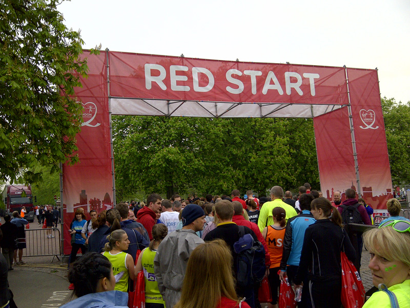 London Marathon 2011: Getting in to the Red Start